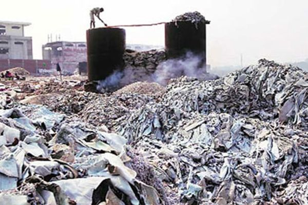 Dhaka Pollution Is Serious Cause of Leather Industry